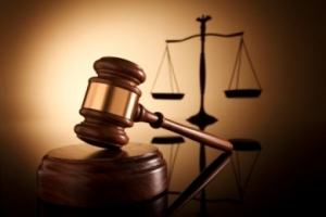Supreme Court Suspends Lawyer For Obtaining Money From Client And Failing To Appear In Court